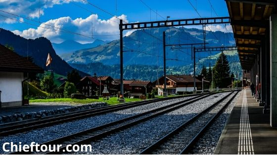 Importance of tourism in Switzerland: