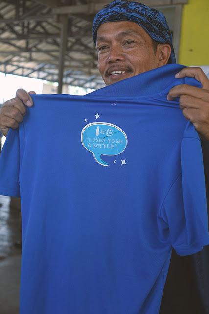 baju dari plastik daur ulang