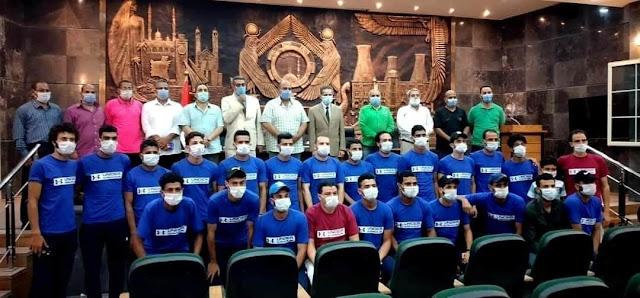 محافظ الغربية يؤازر فريق شبرانبات ممثل الغربيه قبل لقاء النهائي لدورى مراكز الشباب