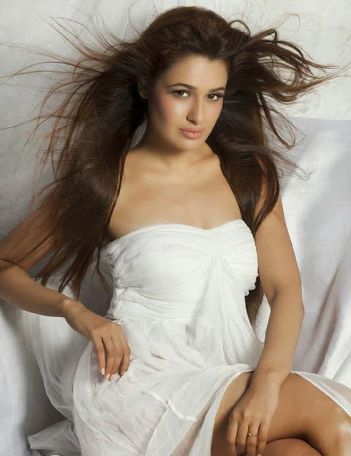 Yuvika Chaudhary HD Photo