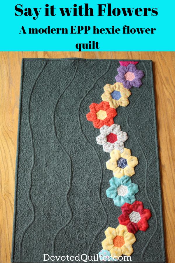 A modern EPP hexie flower quilt | DevotedQuilter.com