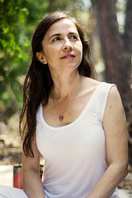 param ratan kaur, akaal, cuidados paliativos Madrid, Kundalini yoga Madrid, terapia sonido Madrid, cuencos Madrid, sanar con la voz Madrid,