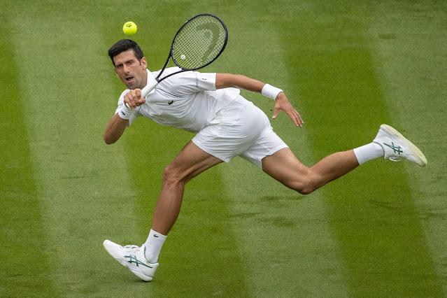 Novak Djokovic fez 24 aces em sua partida de estreia em Wimbledon