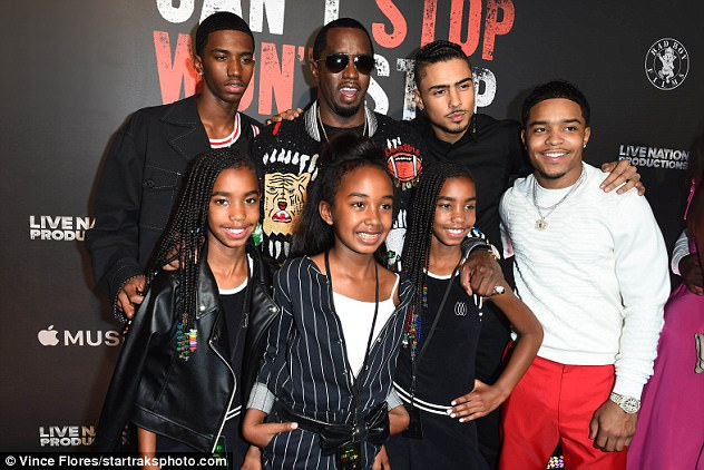 Diddy-pictured-with-his-six-children