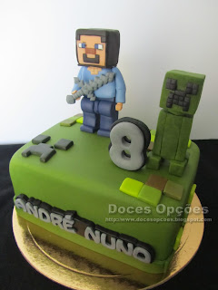 birthday cake Lego Minecraft