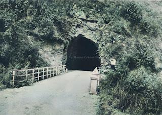 terowongan di parapat
