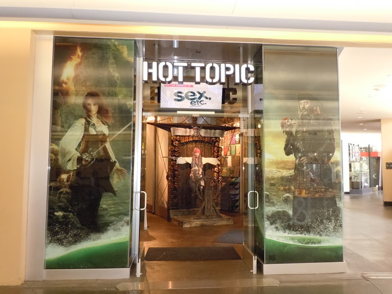 Pirates themed Hot Topic store Hollywood and Highland