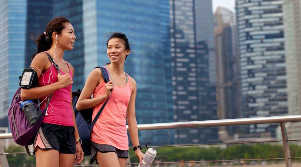cewek seksi pakai hot pant dan tank top #2 Bahasa Melayu - Bahasa Nasional yang berlaku di Singapura adalah bahasa Melayu, bukan bahasa Inggris menurut dugaan banyak orang, namun faktanya 85 % dari penduduk Singapura tidak bisa berbahasa Melayu, karena penggunaan Bahasa Inggris dan Bahasa Mandarin yang cukup luas.