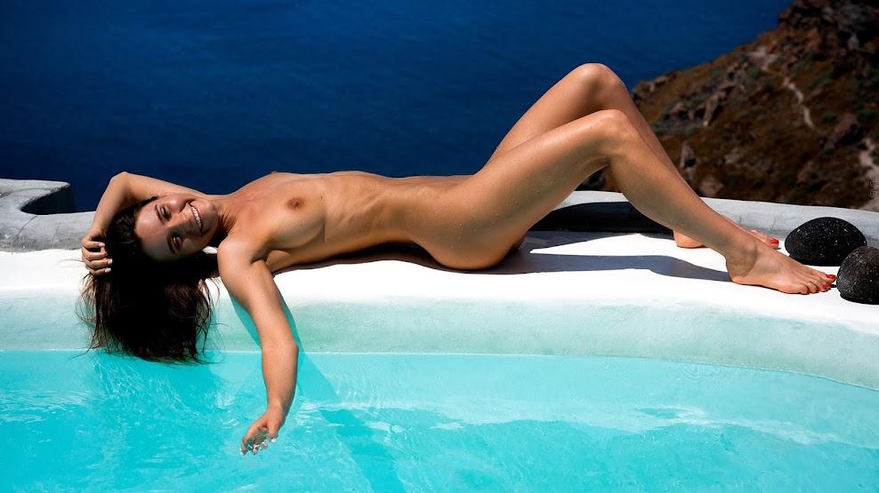 Kristina Makarova - One Flew Over the Santorini (by Vladimir Nikolaev) 09060