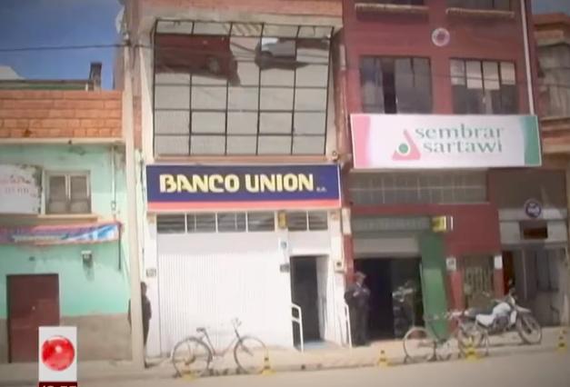 Sucursal del Banco Unión en Batallas donde se movieron millones de bolivianos que Pari aprovechó