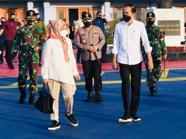 Presiden Jokowi Didampingi Ibu Negara Iriana Jokowi ke Wajo
