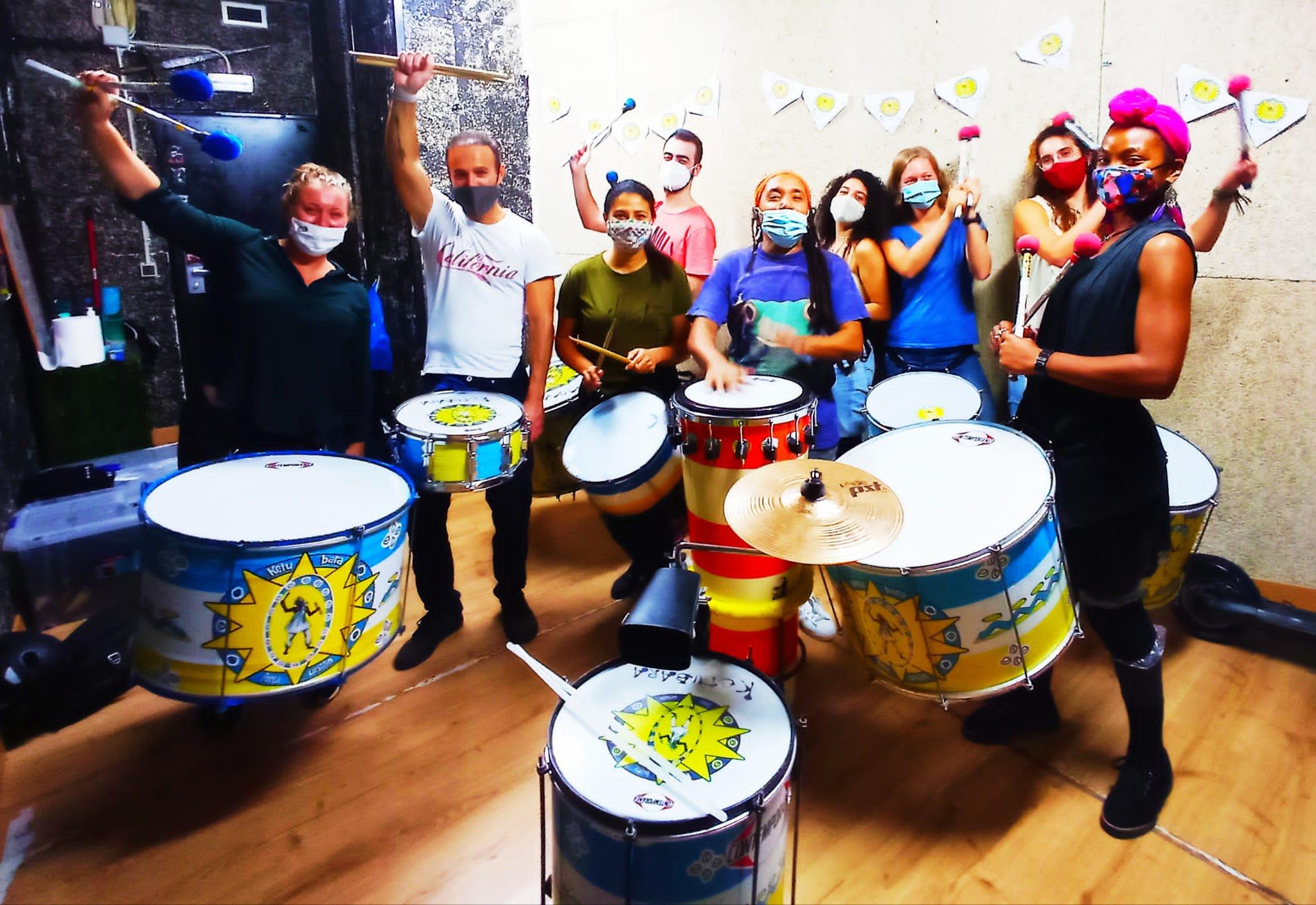 Escola Ketubara Batucada Barcelona, grupo de alumnos