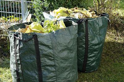 Sacs de compostage.