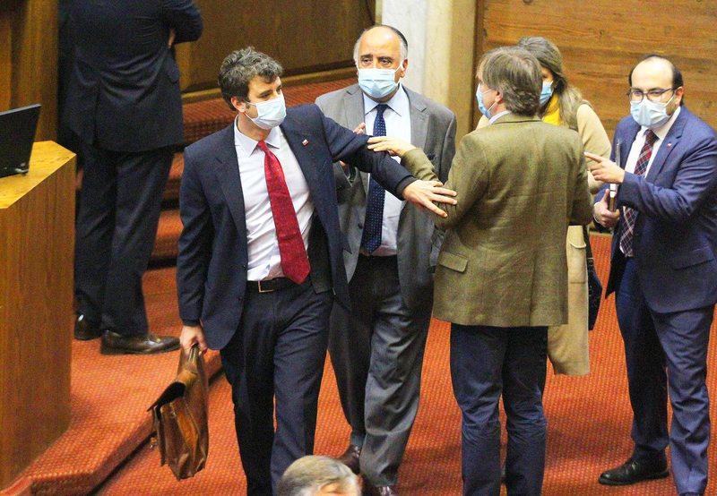 Diputados aprueban rebaja transitoria del IVA de algunos bienes y servicios