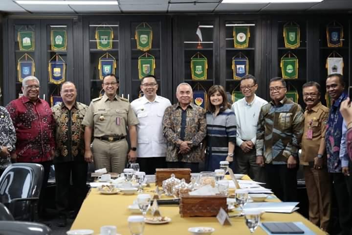 Anies Jadi Ketua Asosiasi Pemprov Seluruh Indonesia, Netizen: Selanjutnya Presiden