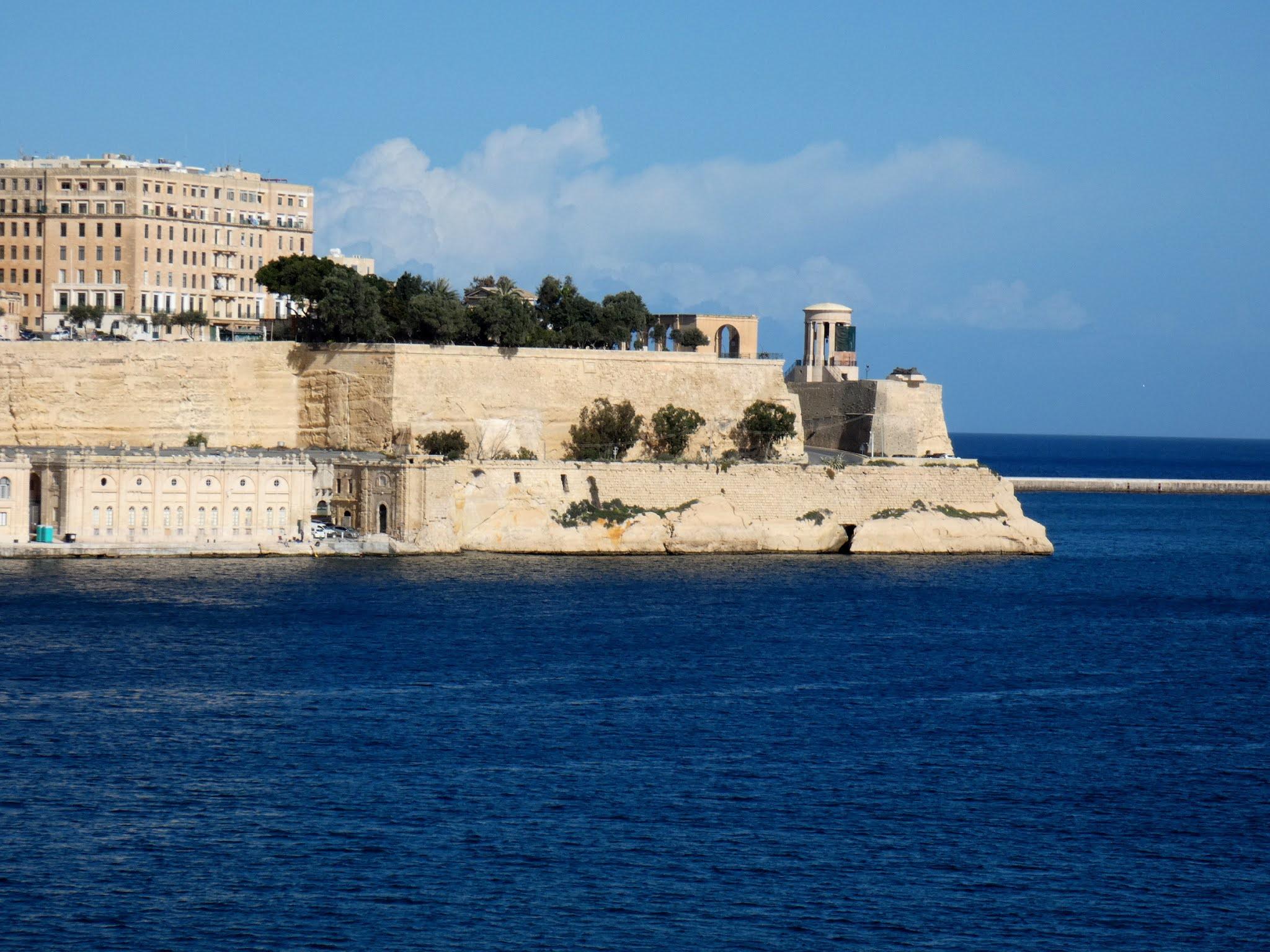 Sincerely Loree: Valletta from Gardjola Gardens, Isla
