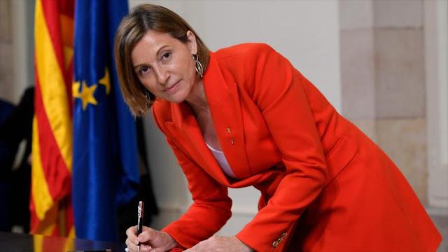 Presidenta de Parlament catalán, citada ante juez como encausada