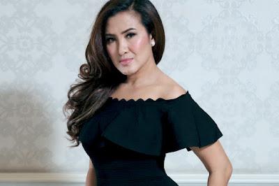 Liza Natalia Sukses Ajak Pengunjung Goifex Goyang Zumba