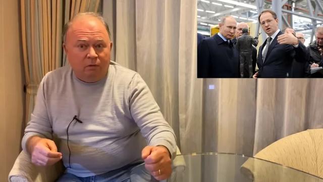 Всё просто, по мнению А. Караулова! Олигархам нужен президент, которым легко управлять