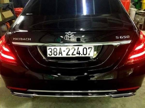 Nữ đại gia Hà Tĩnh chụi chơi, chi hẳn 17 tỷ mua siêu xe Maybach