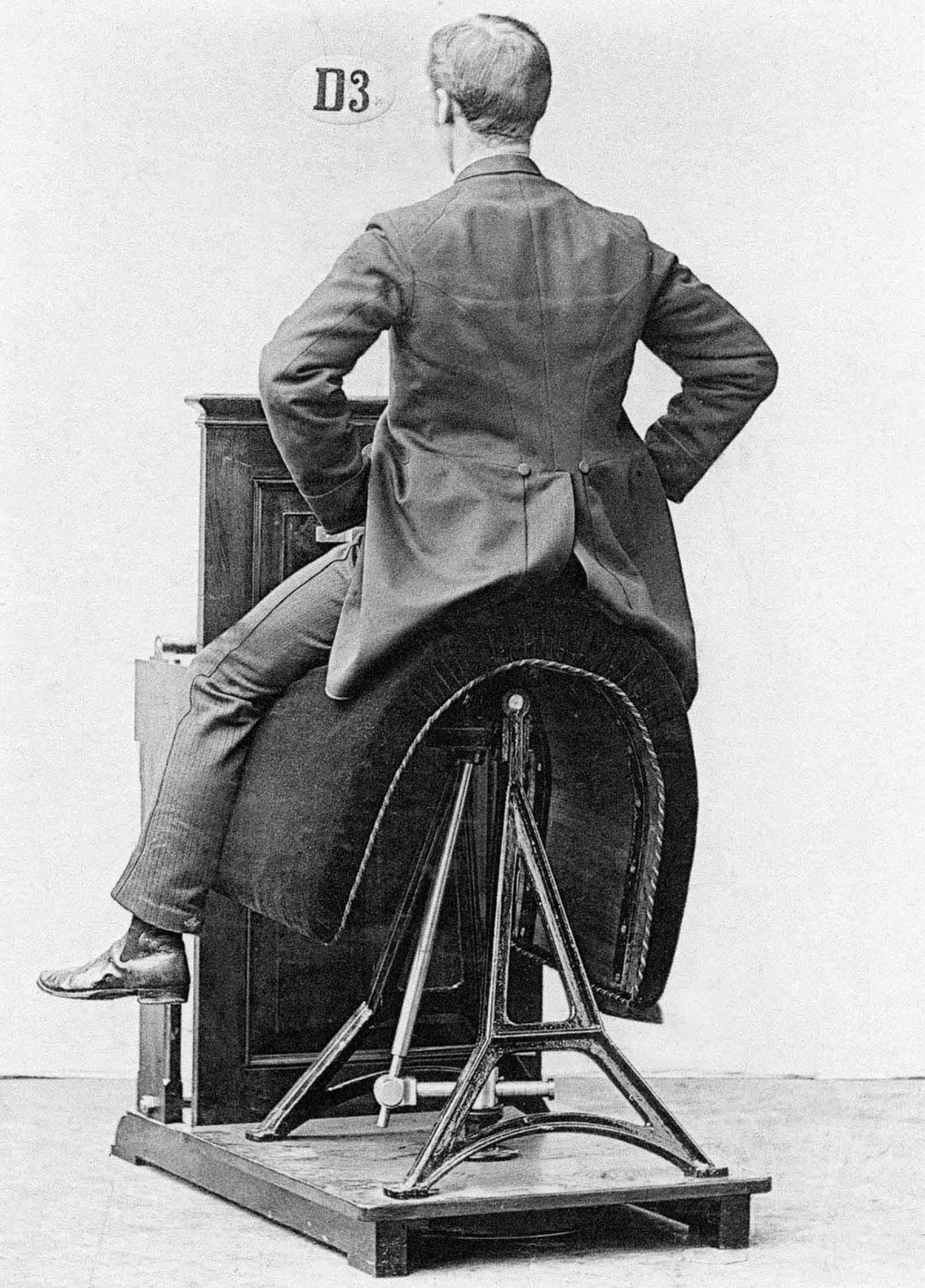 first gym machines zander