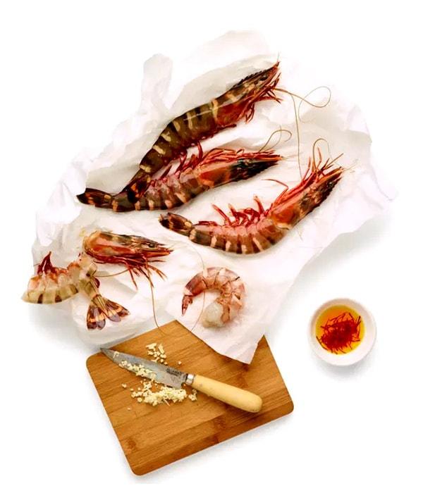Seafood paella Recipe - Crispyfoodidea.com
