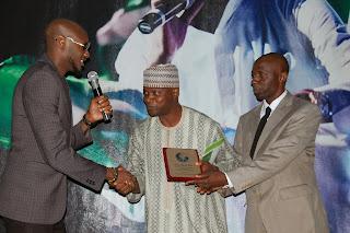 2face idibia peace awards