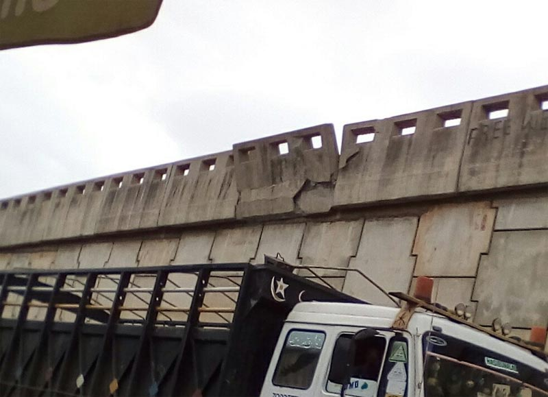Pictures: Death trap discovered on Sango Ota flyover!