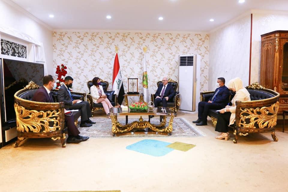 وزير التربية يلتقي ممثلة اليونيسف لدى العراق ويبحث معها دعم الخطة التعليمية وآفاق التعاون المستقبلي 214511552_1849791501896188_8098271753490477494_n
