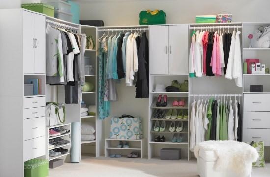 Model Lemari Pakaian Minimalis dengan banyak pintu
