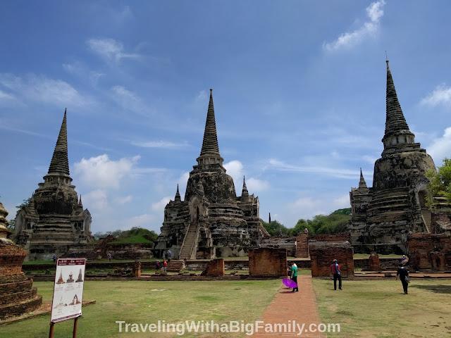 Traveling to Ayutthaya near Bangkok with small children