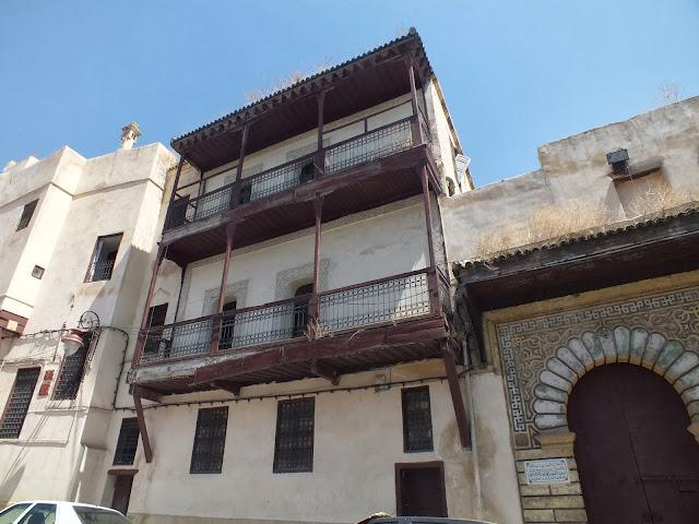 balcones de madera