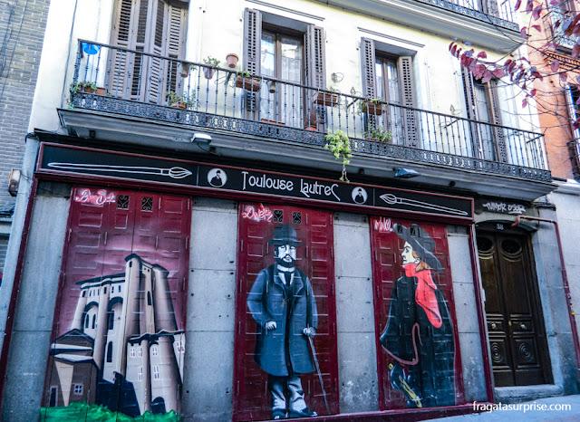 Casa noturna no boêmio Barrio de las Letras de Madri