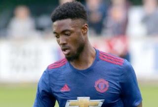 Manchester United Jual Tyler Blackett ke Reading