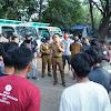 Walikota Makassar Cek Kondisi Truk Sampah dan Serahkan Truk Press Sampah