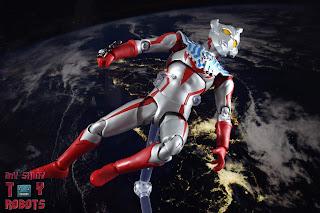 S.H. Figuarts Ultraman Taiga 11