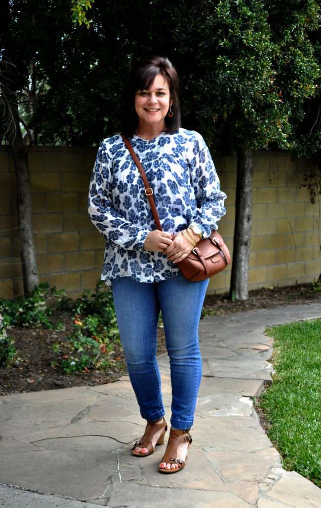 blue skinnies and loose blouse