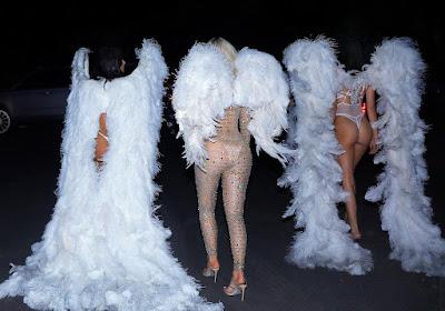Kardashian/Jenner Girls Khloe,Kourtney,Kim,Kendall and Kylie become Victoria Secret Angels for Halloween