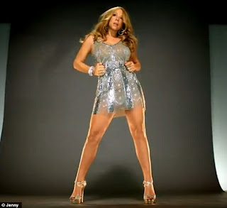 mariah carey shows off her toned legs in a tiny silver