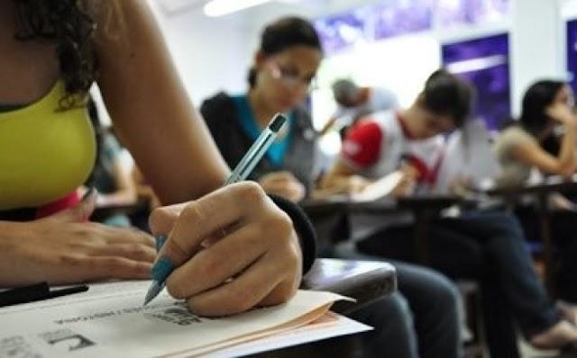 Novo plano do ensino médio usa meta antiga e exclui artes e educação física