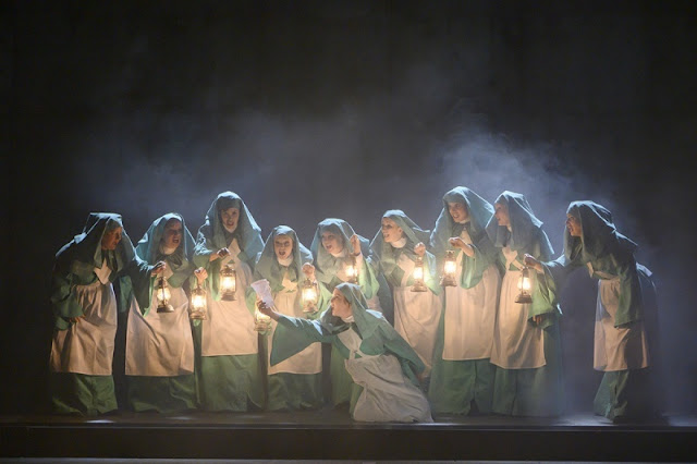 Verdi: Macbeth - English Touring Opera (Photo Richard Hubert Smith)