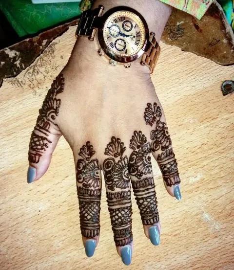 arabic-finger-mehndi-designs