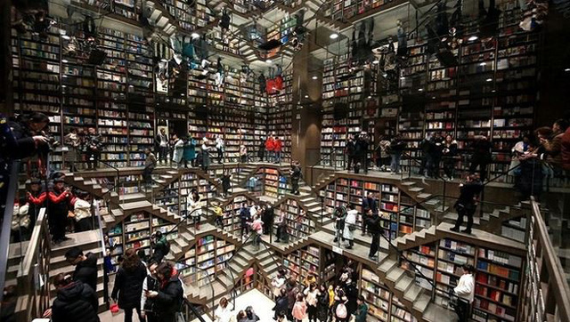 Kiến trúc nhà sách đẹp nguy nga
