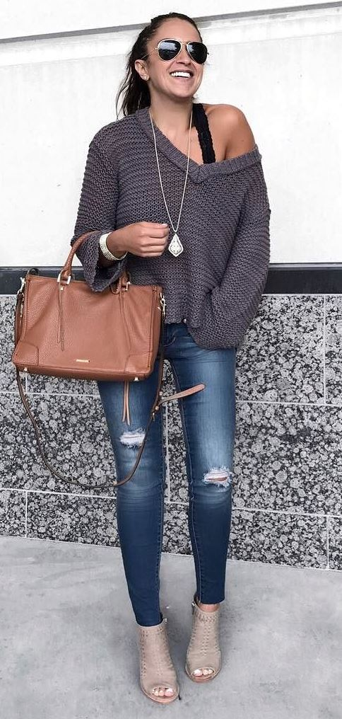 what to wear with rips: one shoulder knit + bag + heels