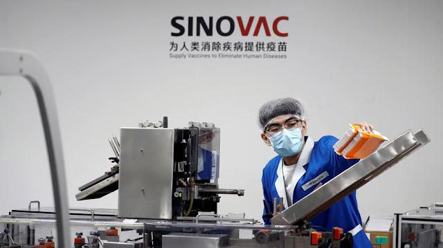 Efektivitas Sinovac Diragukan, HNW: Presiden Mestinya Hanya Gratiskan Vaksin Teraman