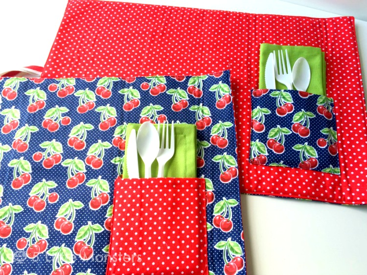 5 Little Monsters: Roll Up Picnic Placemats