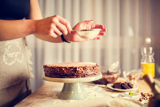 5 Ways to Give your Homemade Cakes a Gourmet Edge