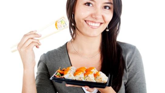 Benarkah Makan Sushi Bikin Gemuk?