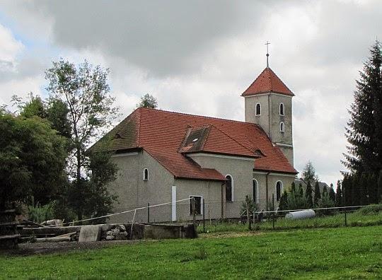 Kościół Podwyższenia Krzyża Świętego w Jarnołtowie.