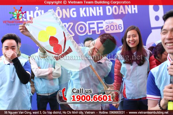 teambuilding ngân hàng Việt Á Hà Nội 2016 do Vietnam Team Building tổ chức